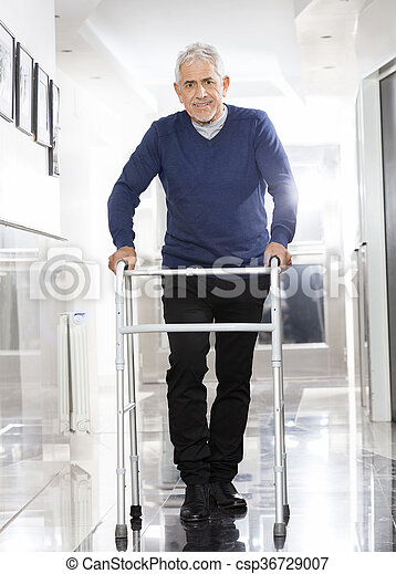 centrum, rehab, walker, gebruik, hogere mens - csp36729007