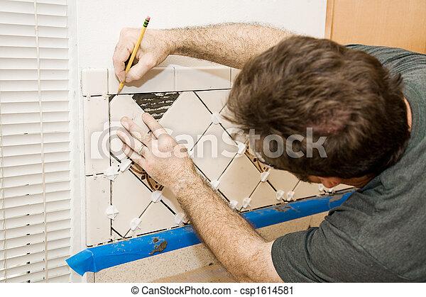 Marcando azulejos de cerámica - csp1614581