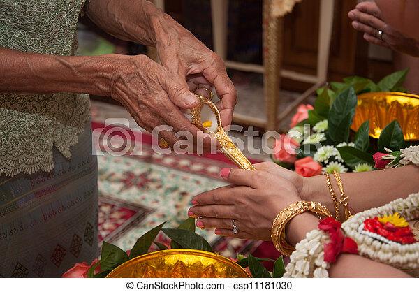 ceremonie, heilig, -, water, bruid, trouwfeest, thai, biddend - csp11181030