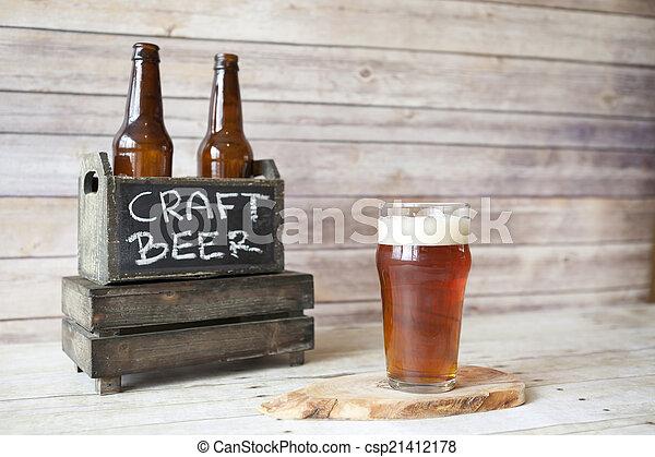 Degustación de cerveza - csp21412178