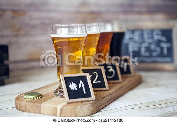 Degustación de cerveza - csp21412180