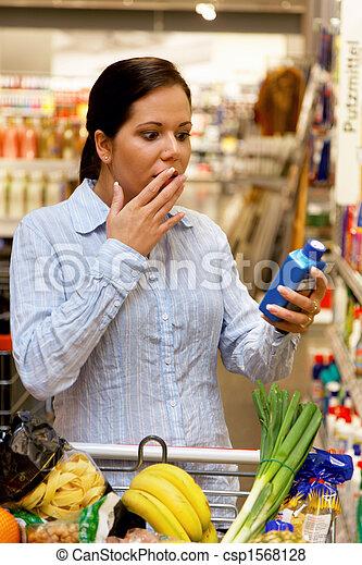 cesta, compras de mujer, supermercado - csp1568128