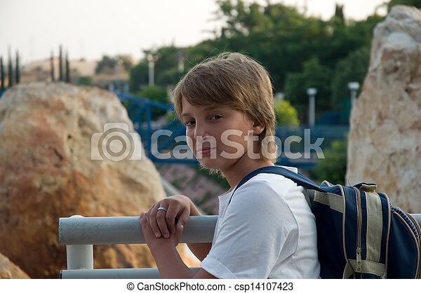 chłopiec, backpack. - csp14107423
