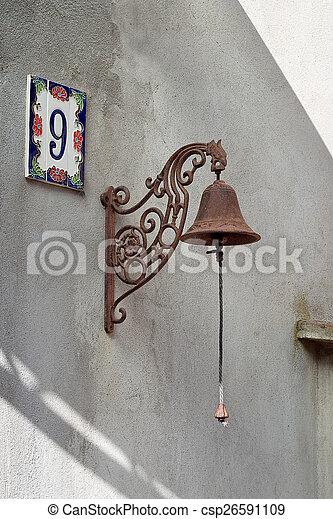 Imágenes numeradas Chain-estilo-viejo-sunshin-casa-almacen-de-fotografias_csp26591109
