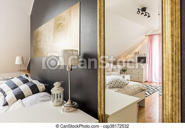 Chambres coucher, moderne, spacieux, villa, deux. Scintillement, mur ...