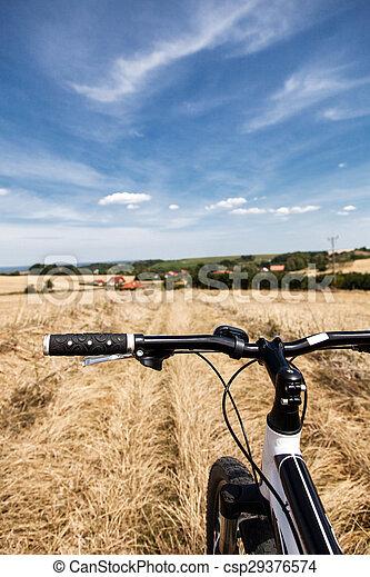 champs, équitation bicyclette - csp29376574