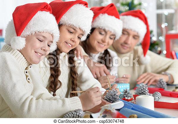 chapeaux, famille, santa - csp53074748