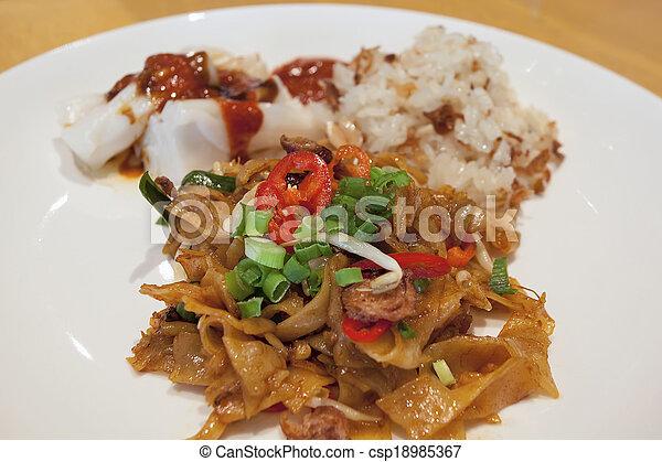 Char Kway Teow Noodles Closeup - csp18985367