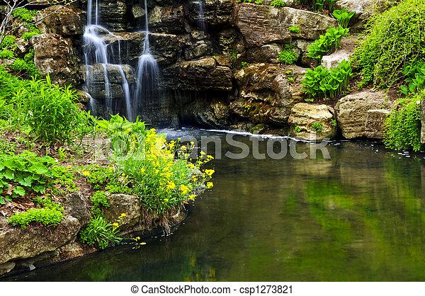 charca, cascada, conexión en cascada - csp1273821
