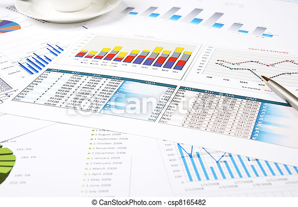 charts of growth, paperworks - csp8165482