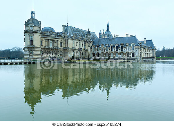 Chateau de Chantilly (France).  - csp25185274