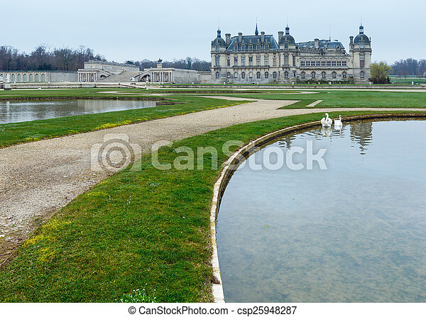 Chateau de Chantilly (France).  - csp25948287