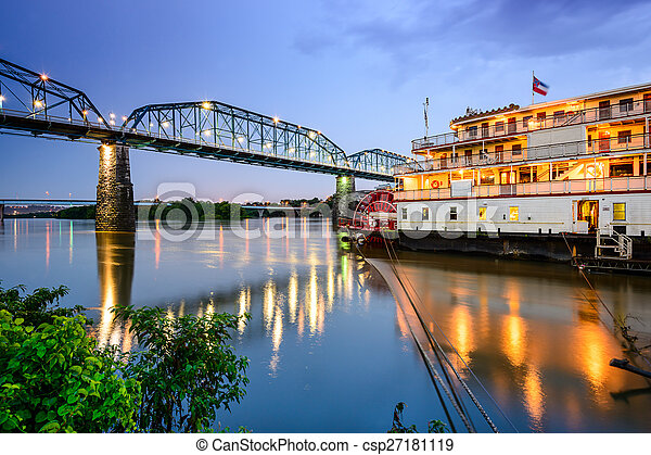 Chattanooga, Tennessee, USA riverfront. - csp27181119