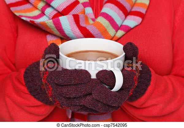 chaud, femme, grande tasse, tenue, chocolat - csp7542095