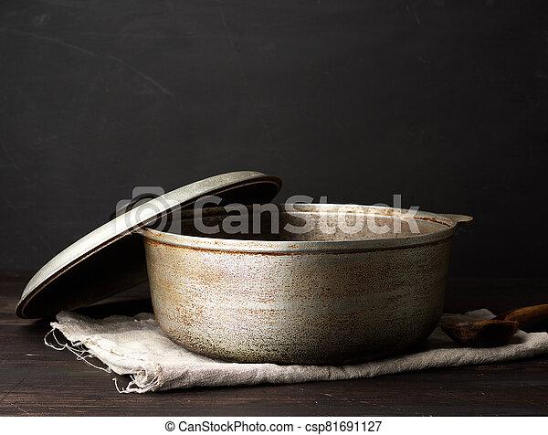 chaudron, aluminium, cuisine, vieux, table, ustensiles, bois - csp81691127