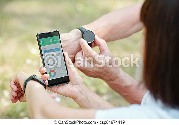 Checking fitness progress - csp84674419