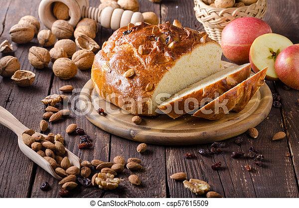 Celebración de Navidad de pastel checo - csp57615509