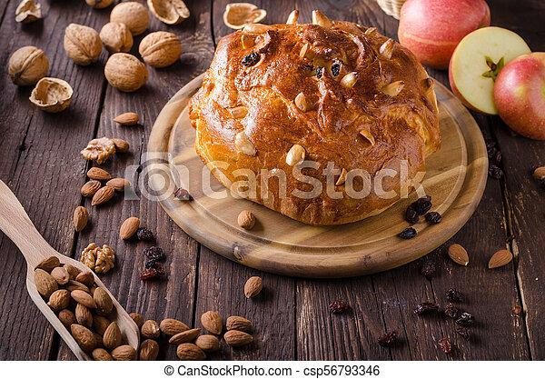 Celebración de Navidad de pastel checo - csp56793346