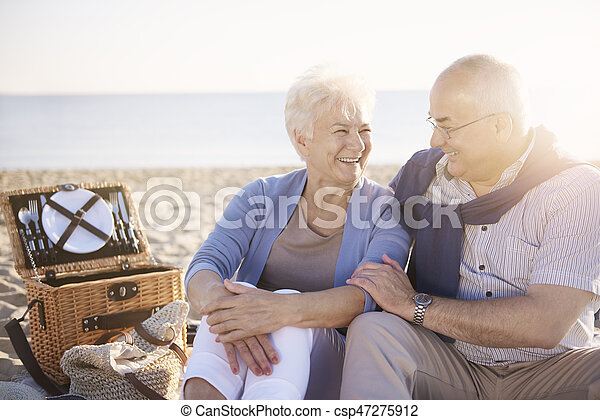 Cheerful senior couple on the picnic - csp47275912