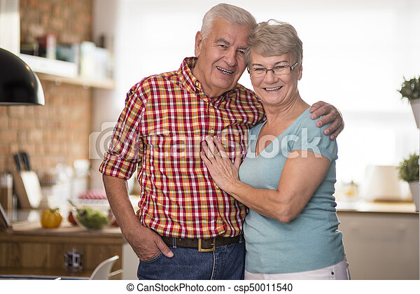 Cheerful senior marriage in the domestic kitchen - csp50011540