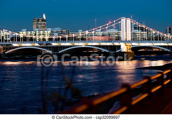 Chelsea bridge focus - csp32089697