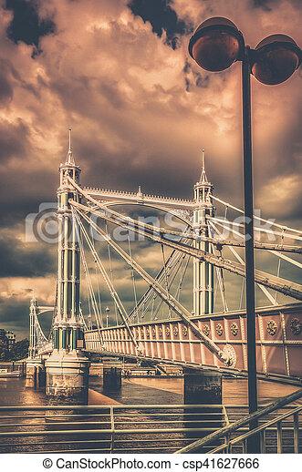 Chelsea Bridge in autumn - csp41627666