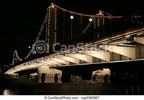 Chelsea Bridge - csp0390967
