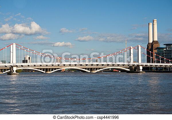 Chelsea Bridge - csp4441996