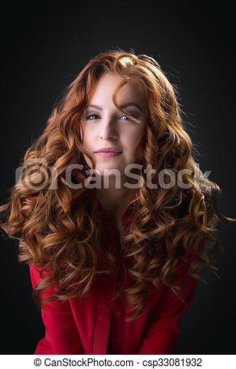 chemisier, unbuttoned, bébé, poser, roux, sexy, rouges - csp33081932