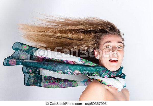 cheveux, femme, vent, long, soufflé - csp60357995