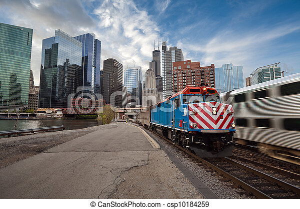 Chicago Metra Train. - csp10184259