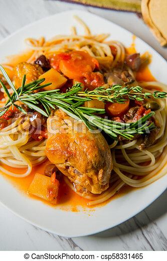 Chicken Cacciatore Hunter's Stew - csp58331465