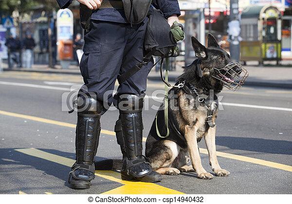 chien policier - csp14940432