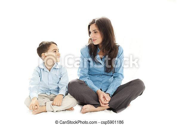 child and parent discussion - csp5901186