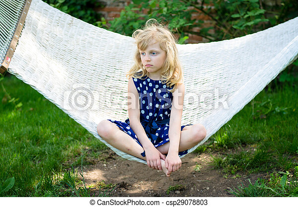 child in hammock - csp29078803