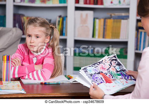 Child psychologist discusses drawing a little girl. Child ...