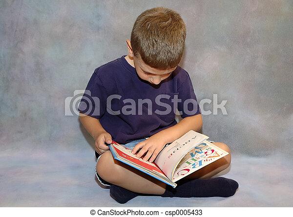 Child Reading - csp0005433