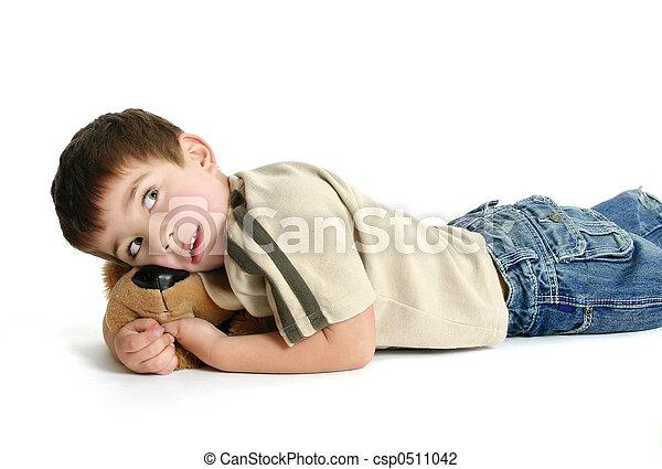 Child resting - csp0511042