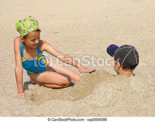 Children On Beach - csp0004095