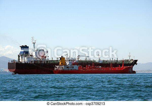 chimique, être, pétrolier, refuelled - csp3709213