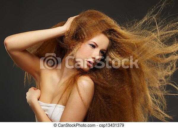 chiomato, donna, riccio, rosso-dai capelli - csp13431379