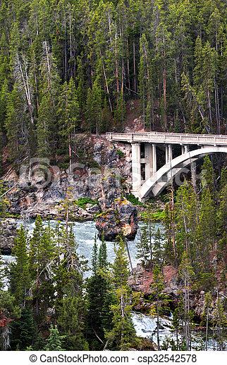Chittenden Bridge - csp32542578