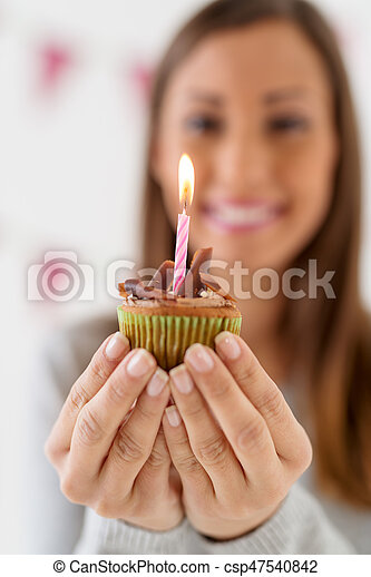 Awe Inspiring Chocolate Cupcake Beautiful Young Smiling Woman Holding Small Funny Birthday Cards Online Necthendildamsfinfo
