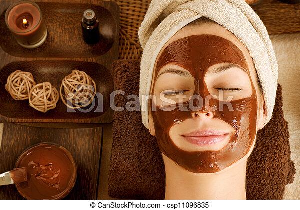 Chocolate Mask Facial Spa  - csp11096835
