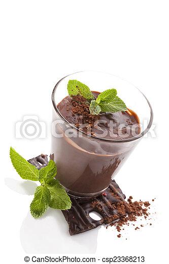 Pudín de chocolate. - csp23368213