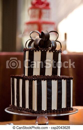 Chocolate wedding cake - csp2043628