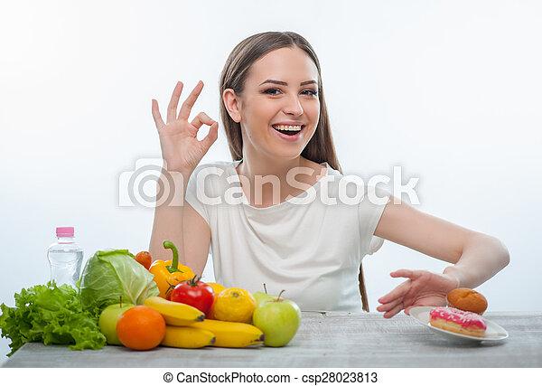 chorowite jadło, przetapianie, młody, ładna dziewczyna, jeść - csp28023813