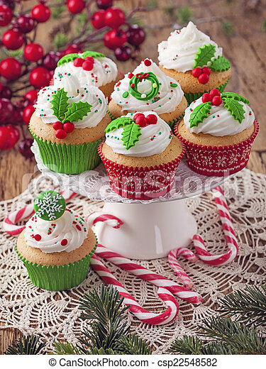 Christmas cup cakes - csp22548582