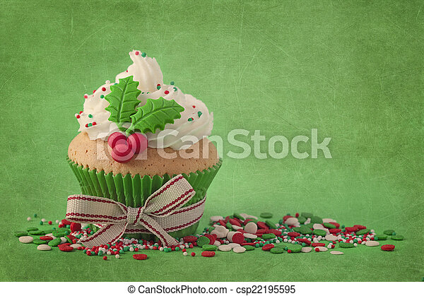 Christmas cup cakes  - csp22195595