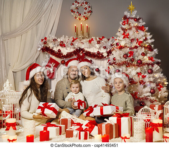 Christmas Family Portraits.Christmas Family Portrait Holiday Xmas Tree And Presents